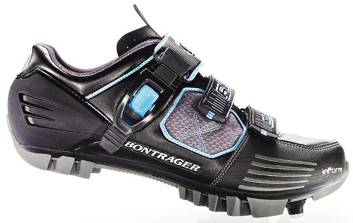 File:Bontrager RL Mountain Shoes Wsd.jpg